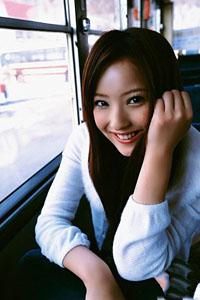 公交上清纯美女图片