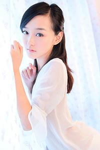 白嫩迷人少女清纯写真集