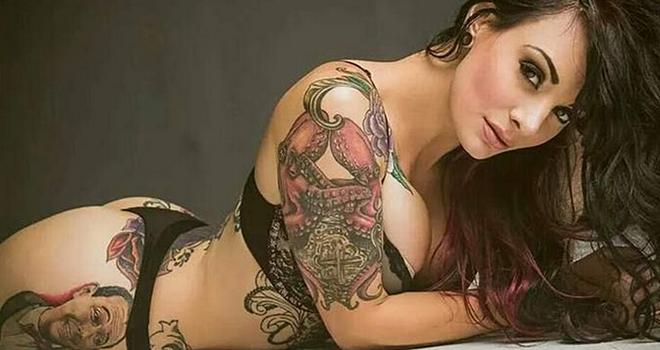 风情万种欧美美女钟爱纹身合集