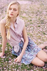 俄罗斯美女模特户外风景唯美写真