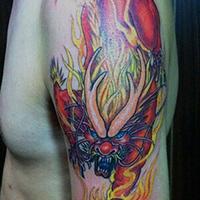 男士非主流花臂彩绘麒麟纹身图片