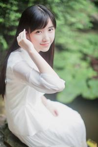 超唯美长发美女校花气质写真照