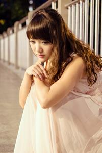 花季少女清纯美女夜色萝莉气质写真