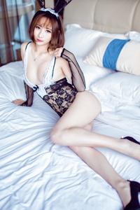 [秀人·爱蜜社]极品美女莉莉Lily兔女郎蕾丝魅惑摄影