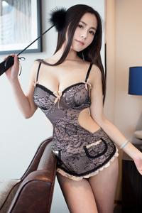 [秀人网]长发美女模特Moa小姐情趣内衣美胸写真照