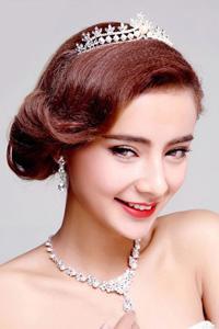 韩版新娘盘发