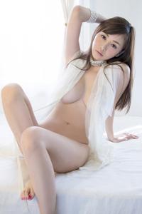 风骚熟女性感透视装裸模特图