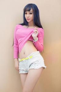 台湾性感人体艺术小可情趣内衣秀完美身姿