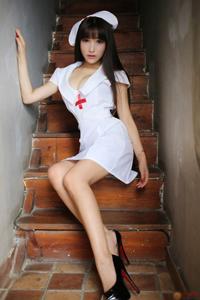 中国大胸美女模特护士制服性感诱惑写真