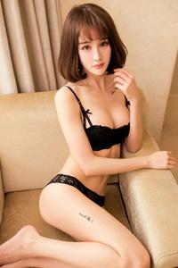 [秀人网]短发嫩模Cheryl青树楚楚动人魅惑内衣照