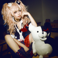 性感萝莉cosplay哥特式风写真图片