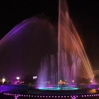 梦幻意境水景喷泉图片
