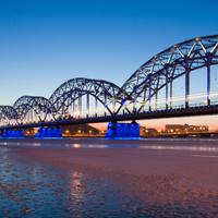 浪漫夜景桥唯美图片
