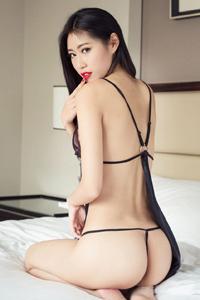 [头条女神]绝色美女张蓝欣情趣内衣丁字裤私房诱惑