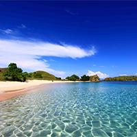 蓝天白云意境美丽海岛图片