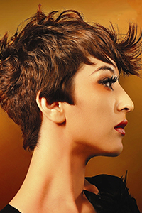 中短发发型女