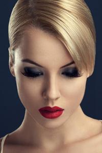 欧美女士短发型设计图片