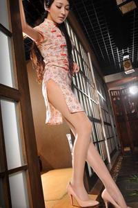 高跟丝袜旗袍美女古典风韵气质诱人美腿写真