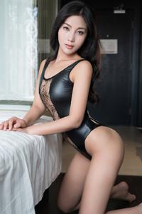 [青豆客]写真性感熟女苏沫妖娆火辣情趣内衣大胆挑逗