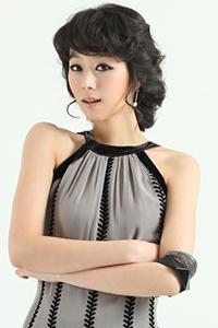韩国女生短发烫发时尚发型