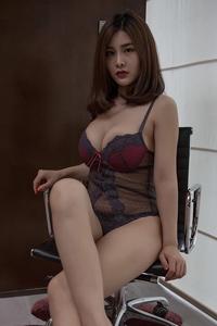 [秀人网]大胆美女盼盼玉奴极品巨乳人体写真