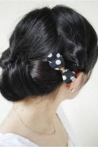 中分波波头短发发型图片