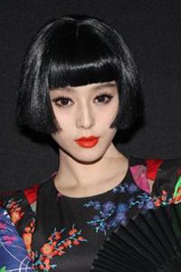 女士刘海齐肩短发烫发发型