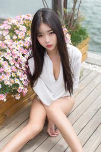 [秀人网]性感美少妇陈雅漫VICKY内衣大胸翘臀撩人