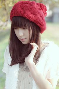 韩版偏分齐肩烫发女气质发型