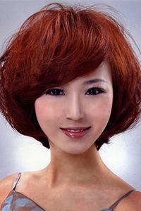 男生心形刘海烫发发型图片