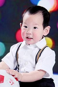 男孩发型设计图片