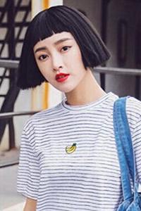 女生潮流短发发型