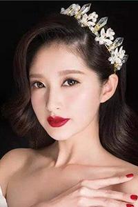 个性甜美新娘妆发型
