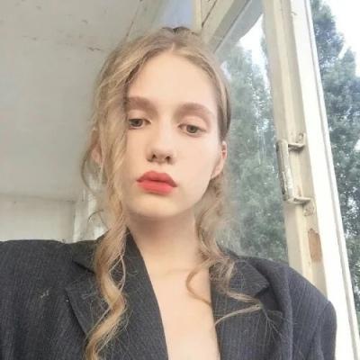 网络最红的欧美头像女生