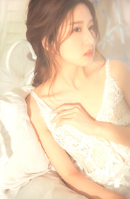 清纯少女韩式麻花辫蕾丝吊带裙梦幻诱人惹火写真