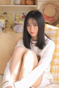 黑发童颜美少女99GOGO高清全球专业图片